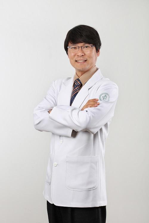 옥철호 교수(고신대병원 호흡기내과).jpg
